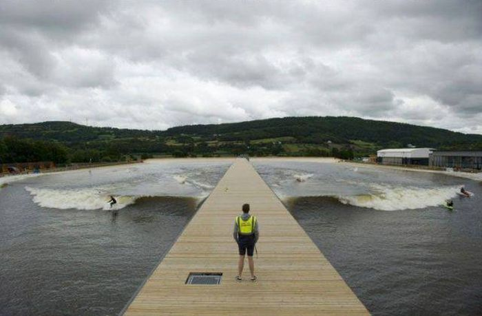 Giant Surfing Pool In Wales Creates Artificial Waves