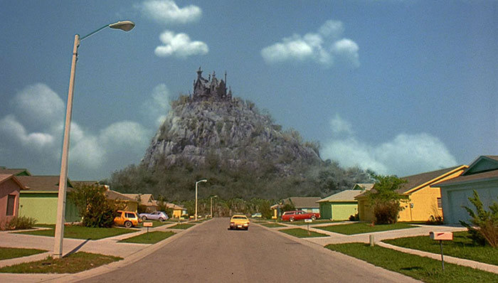 See What The Neighborhood From Edward Scissorhands Looks Like 25 Years Later
