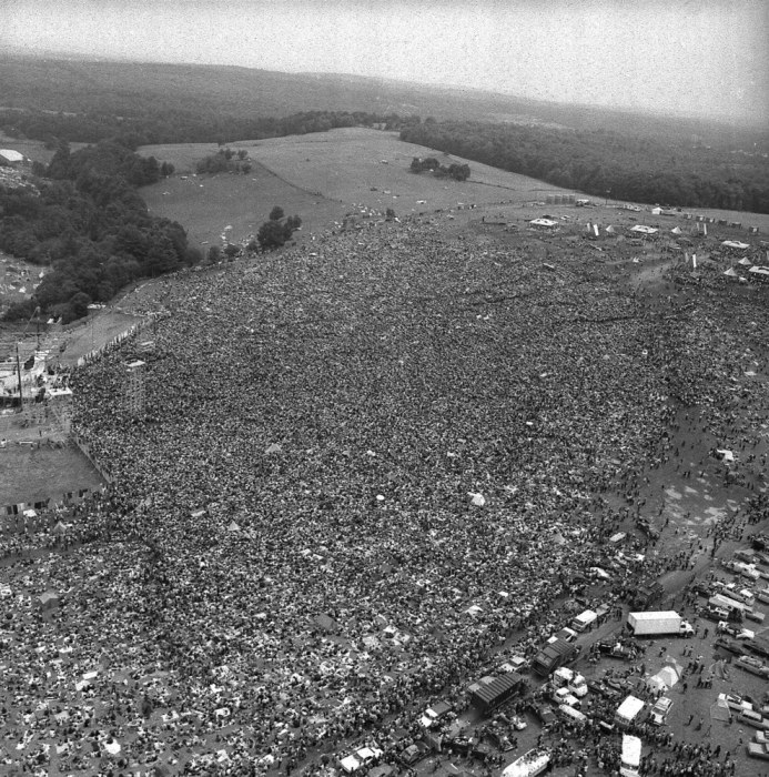 Pictures That Perfectly Capture The Insanity Of Woodstock