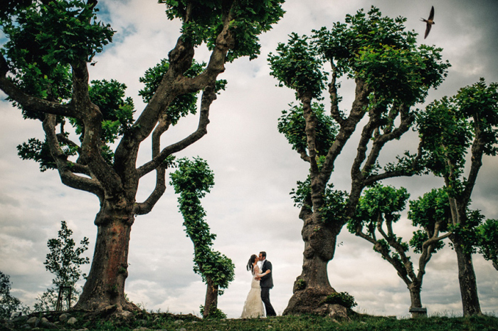 Photos Of Lovers In Stunning Locations Will Make You Want To Travel The World