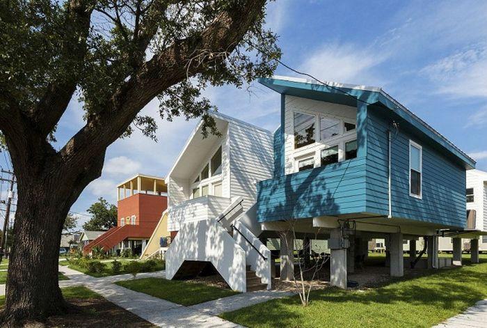 brad pitt helps to rebuild homes in new orleans celebrities. Black Bedroom Furniture Sets. Home Design Ideas