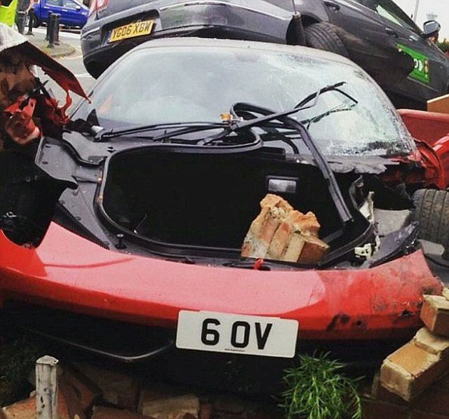 Man Rents Expensive Ferrari For A Wedding Then Crashes It