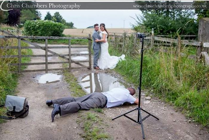 Backstage of A Wedding Photo