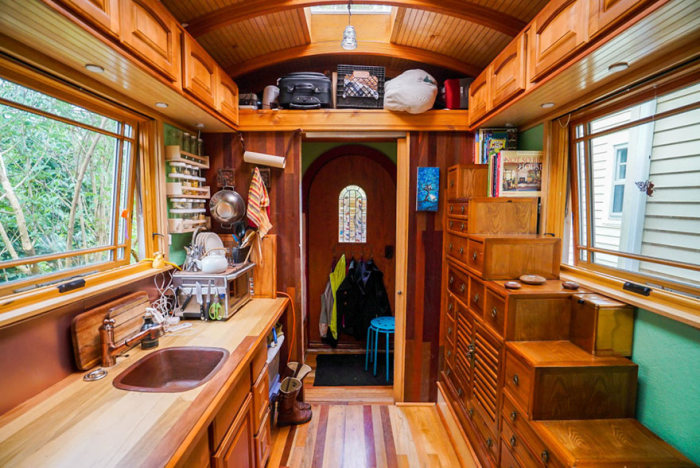 These People Live In Tiny Houses That Are Really Awesome | Others