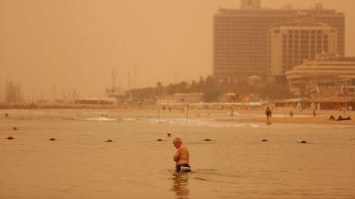 Sandstorm In Israel