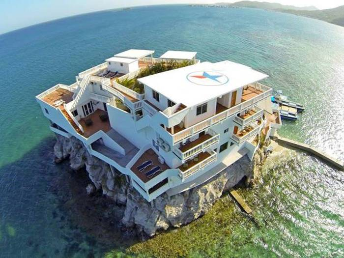 This Island Villa Is A Perfect Destination For Divers