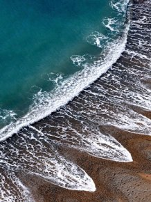 Scientists Can't Seem To Explain These Bizarre Beach Patterns