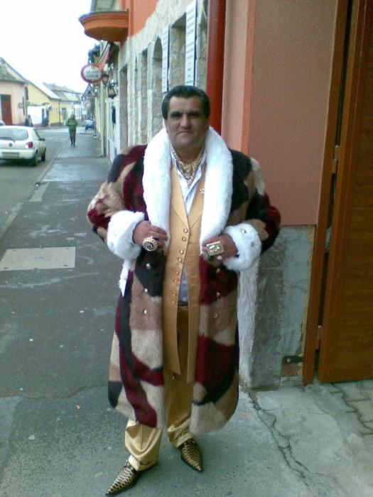 Luxury Roma Life