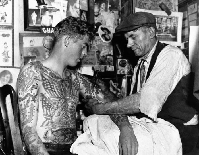 Vintage Pictures That Capture The Golden Age Of Tattoos