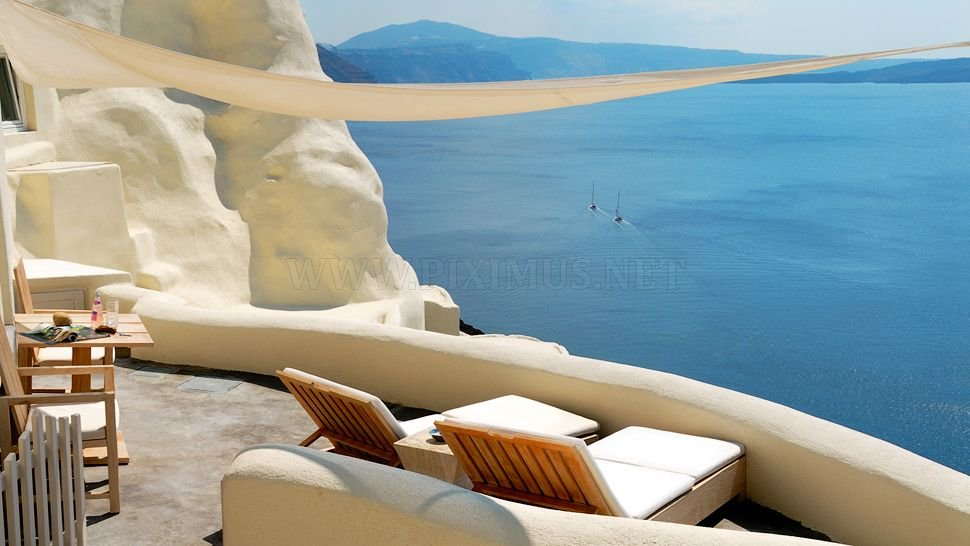 Vacation for the Gods in Greece