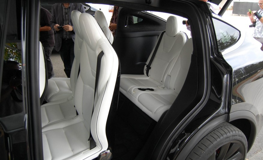 Tesla Model S Car Seat Installation