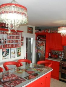 This Woman Went A Little Overboard With This Coca-Cola Themed House