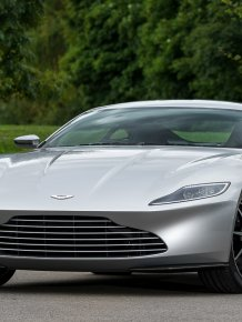 The new car of James Bond - Aston Martin DB10