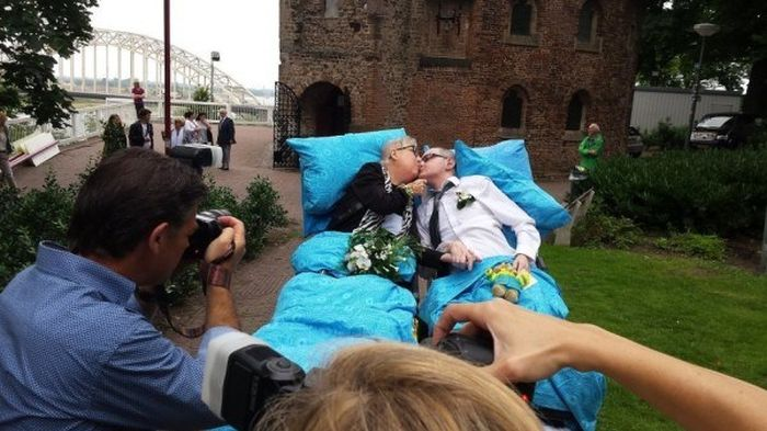 Dutch Charity Fulfills The Last Wishes Of Dying People