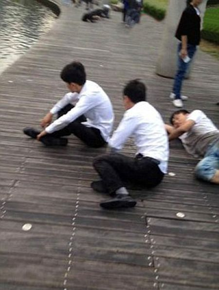 Chinese Company Forces Staff To Crawl When They Don't Meet Sales Goals