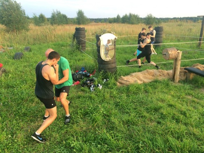 Russians Create Outdoor Gym Using Their Bare Hands