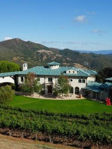 Robin Williams' Vineyard Now On The Market For $22.9 Million