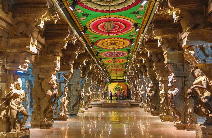 India's Technicolor Temples Are Absolutely Stunning