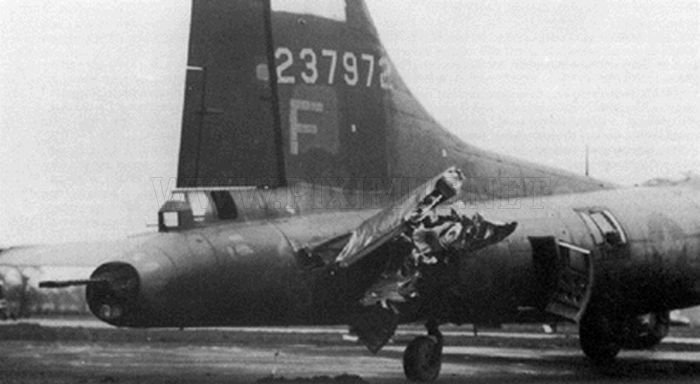 The Most Amazing Landings of Boeing B-17 Flying Fortress