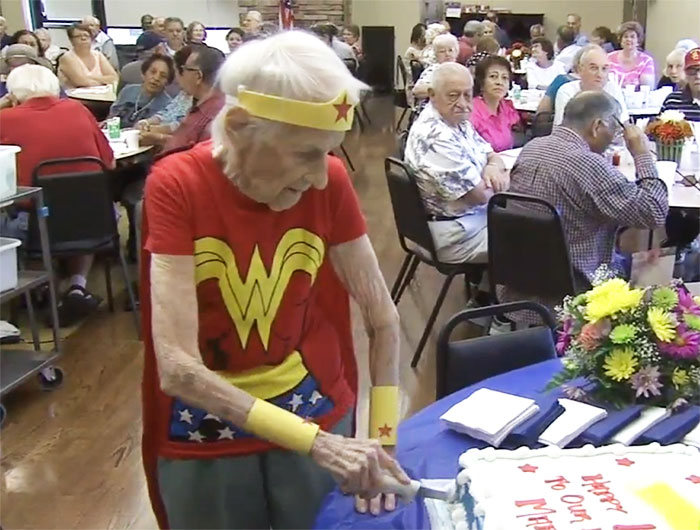 103 Year Old Dresses Up As Wonder Woman To Volunteer At The Senior Center