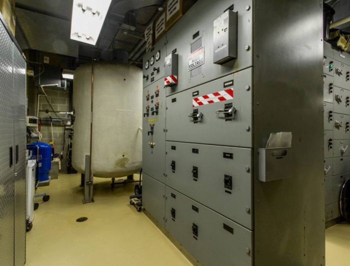 Take A Look Inside This 5 Star Air Raid Shelter In Germany