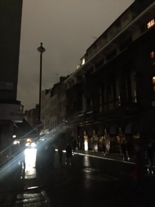 London Goes Dark During Power Outage