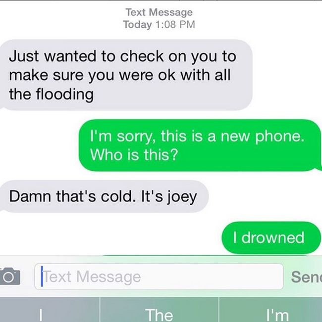 That Awkward Moment When You Get A Text From Your Ex