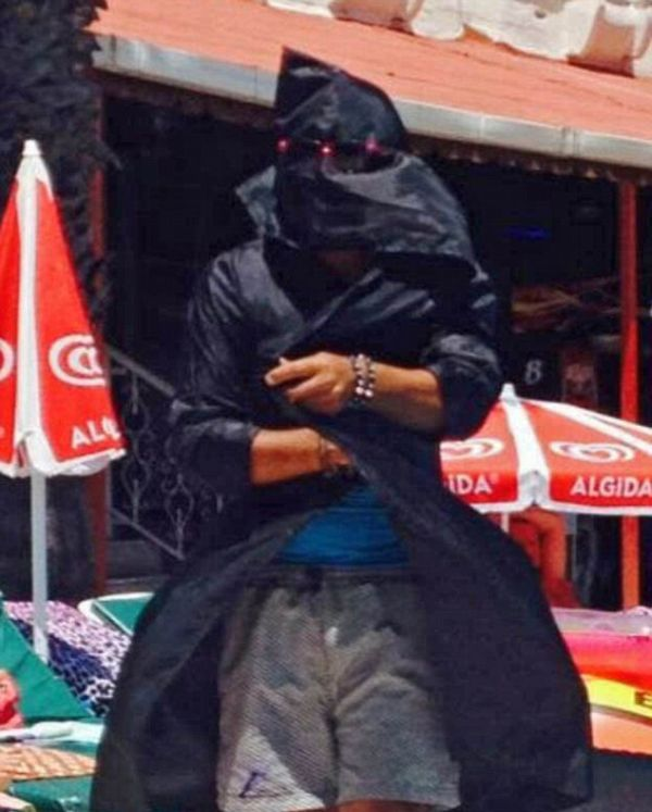 A Turkish Hotel Employee Dressed Up As ISIS And Terrified Tourists