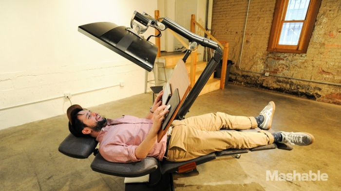 Incredible Workstation Allows You To Work While Lying Down