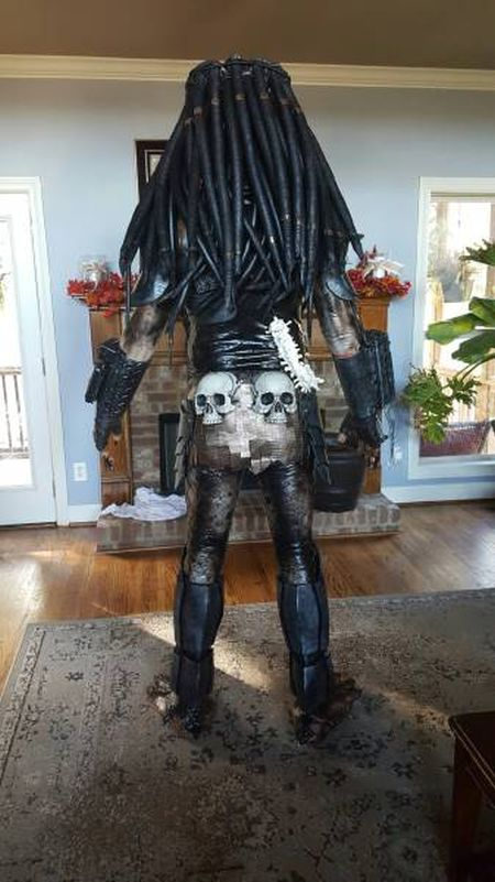 Used Truck For Sale >> Cosplayer Creates Predator Costume That Looks Just Like ...