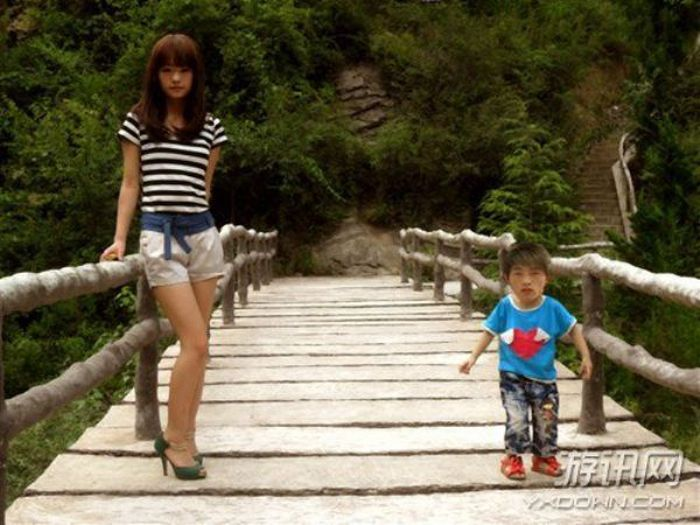 These Chinese Photoshop Users Have Mastered The Art Of Trolling