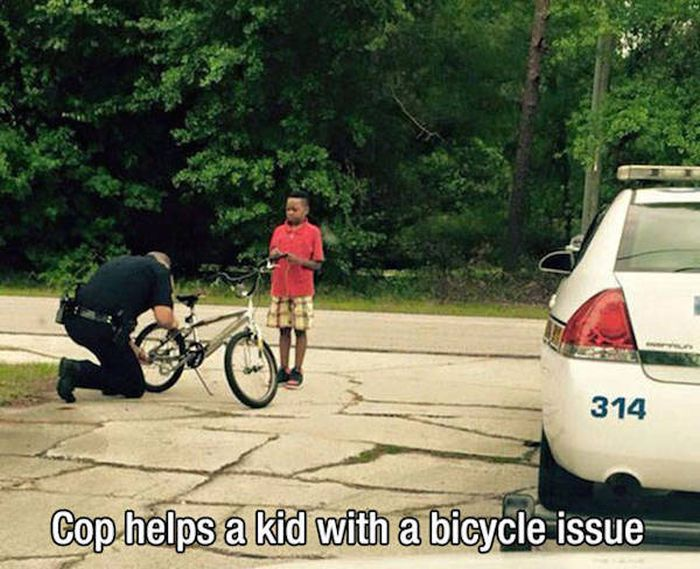 Proof That Police Officers Can Be Awesome Human Beings