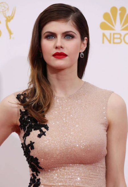 Alexandra Daddario Is The Type Of Woman You Could Stare At All Day