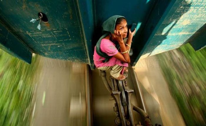 Bangladesh Train Hopping