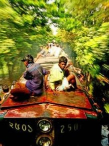 Bangladesh Train Hopping