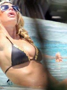 Jenna Jameson in a bikini