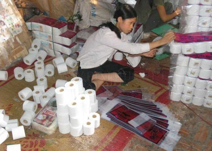 Chinese Toilet Paper Factory