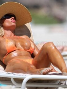 Sunbathing Celebrities