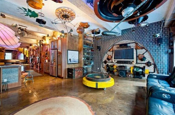 Remodeled Steampunk Apartment