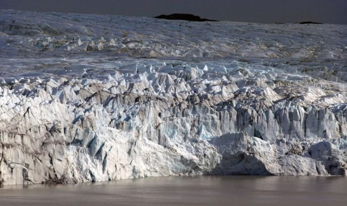 Icy Landscapes of Greenland