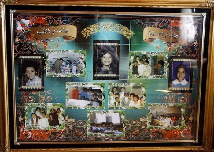 Libyan Rebels Inside Muammar Gaddafi House