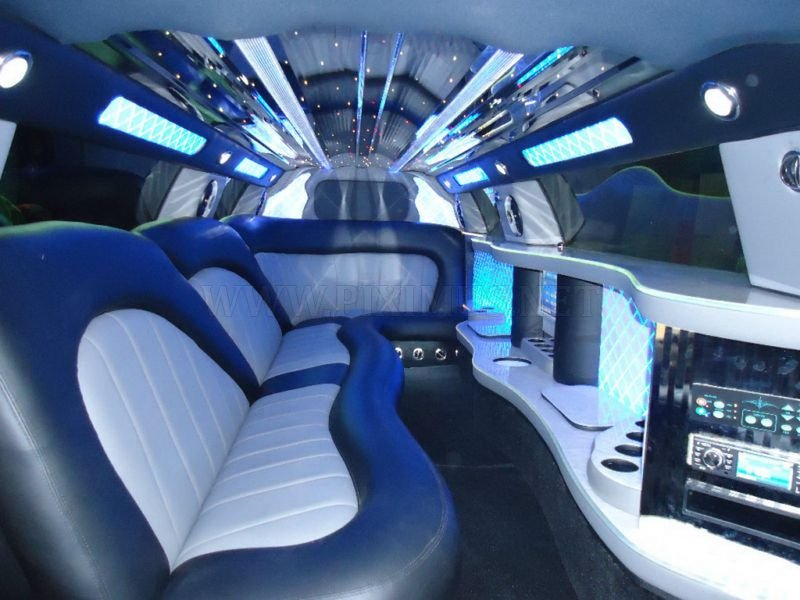 Limo of the new Chrysler 300, part 300