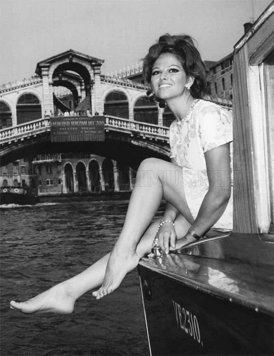 Retro Glamour: Celebrities in Venice