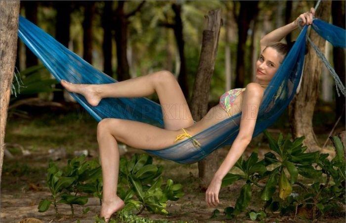 Hot Girls και την πανέμορφη φύση