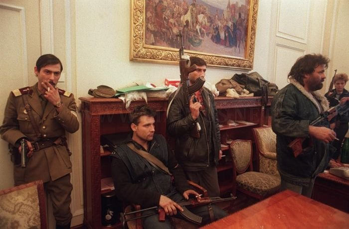 Libyan Rebels and Army Inside Luxurious Villas