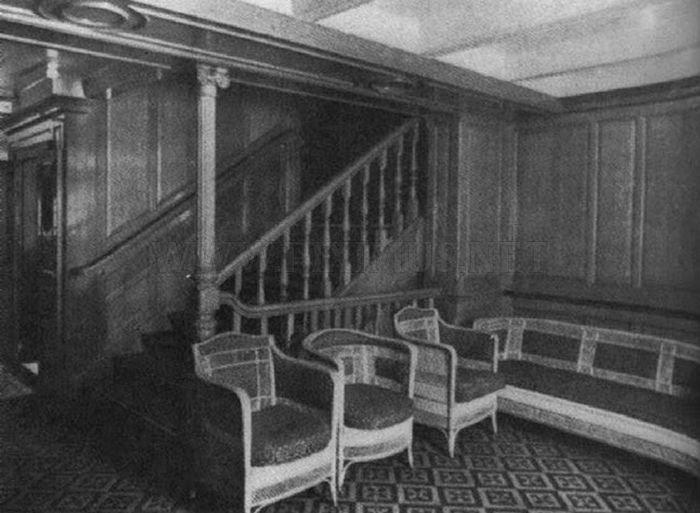 Astonishing Tour Inside The Titanic