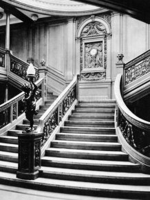 Astonishing Tour Inside The Titanic