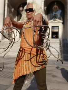 Impressive World's Longest Fingernails