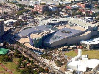 Incredible World's Largest Aquarium in Atlanta