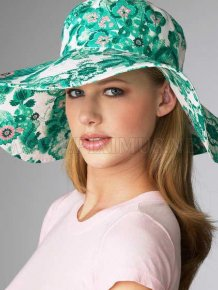 Fashion Beauties in Beautiful Hat